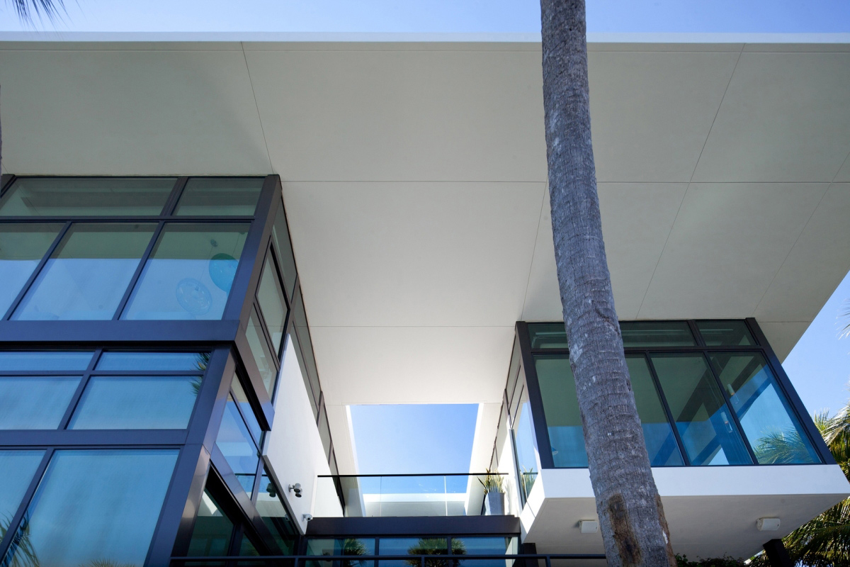 Glass Walls, Waterfront Residence in Coral Gables, Miami