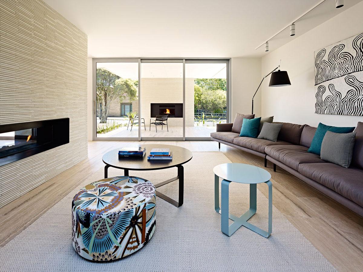 Indoor & Outdoor Fireplaces, California House in Brighton, Australia