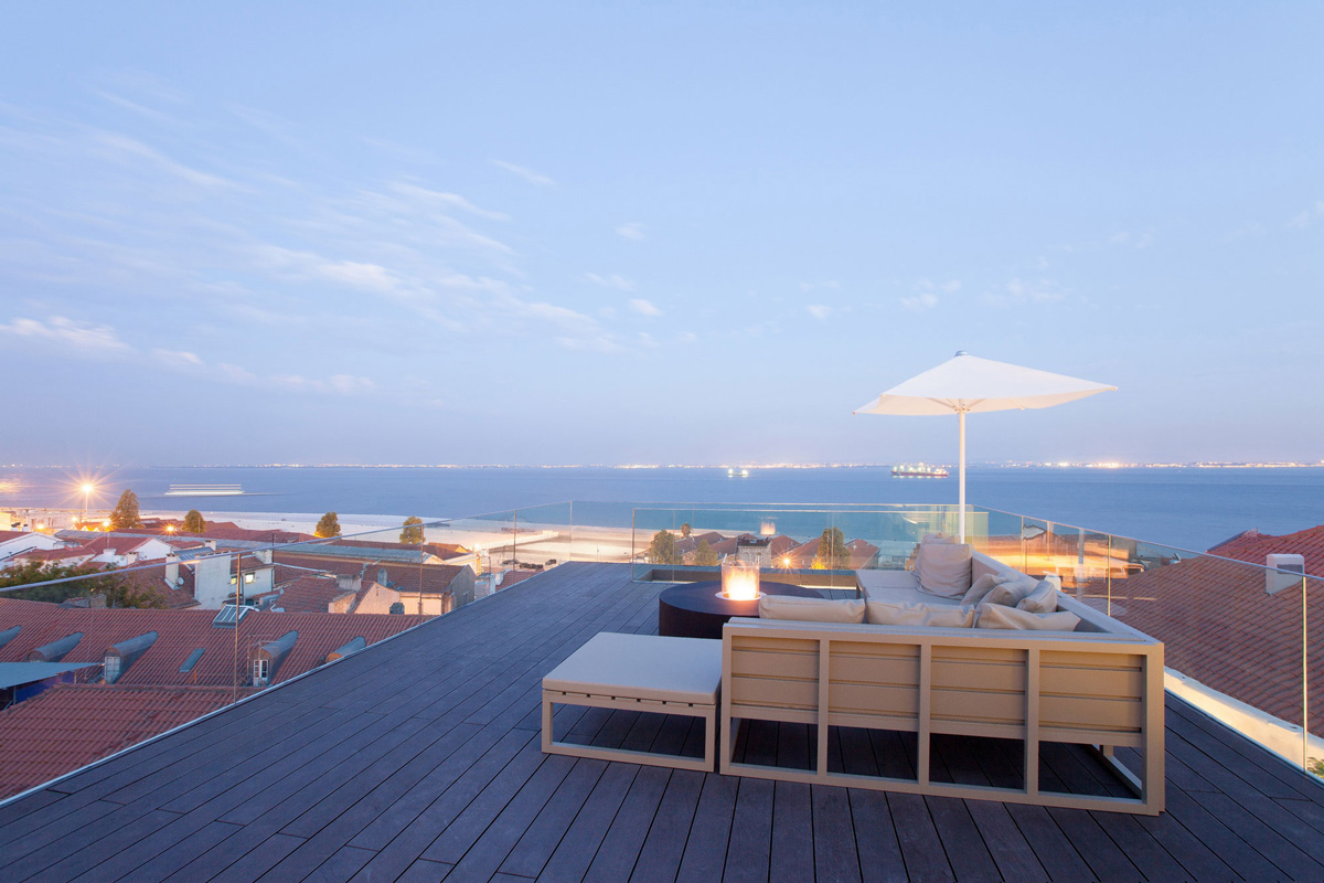 Roof Terrace, River Views, Boutique Hotel in the Heart of Alfama, Lisbon