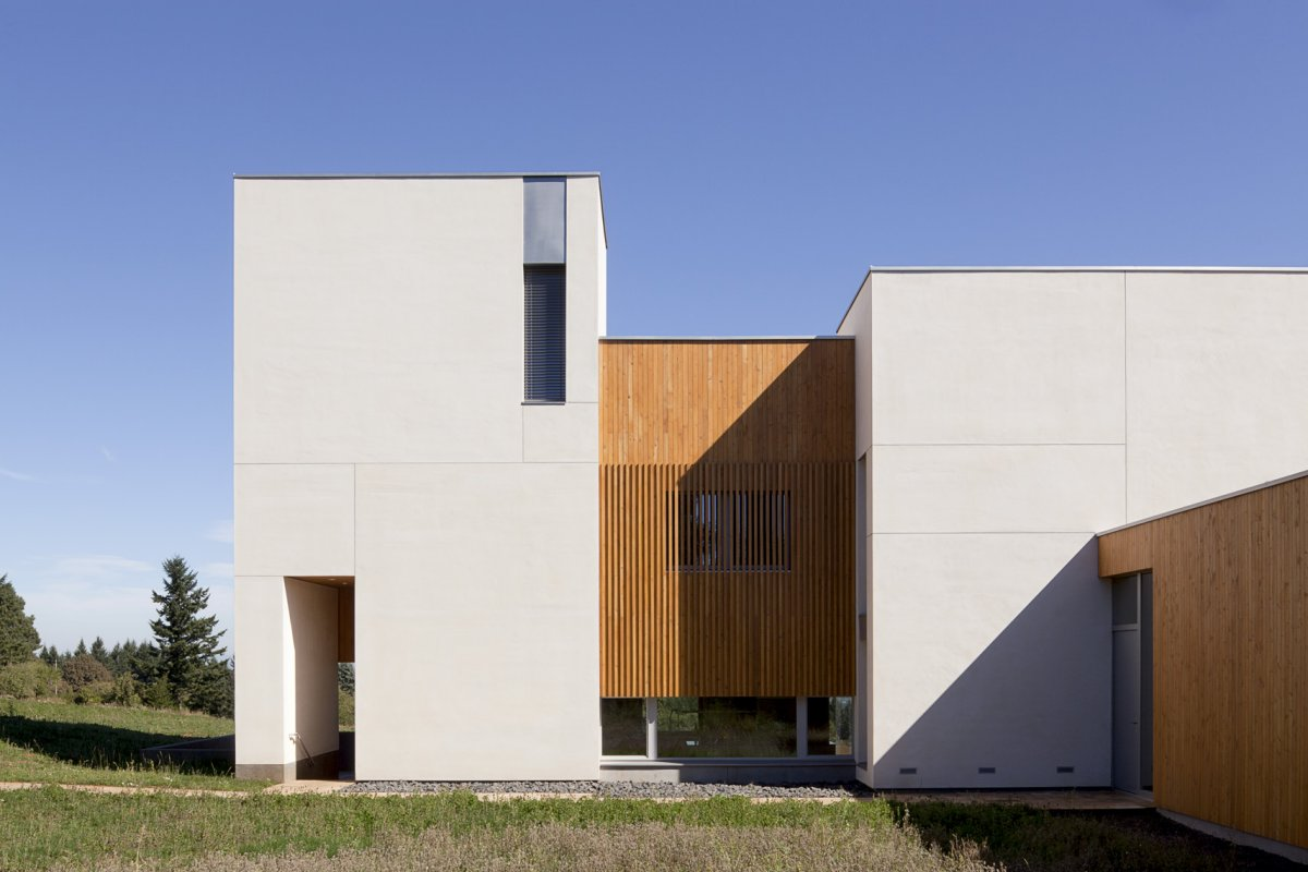 Side Facade, Sustainable House in Newberg, Oregon