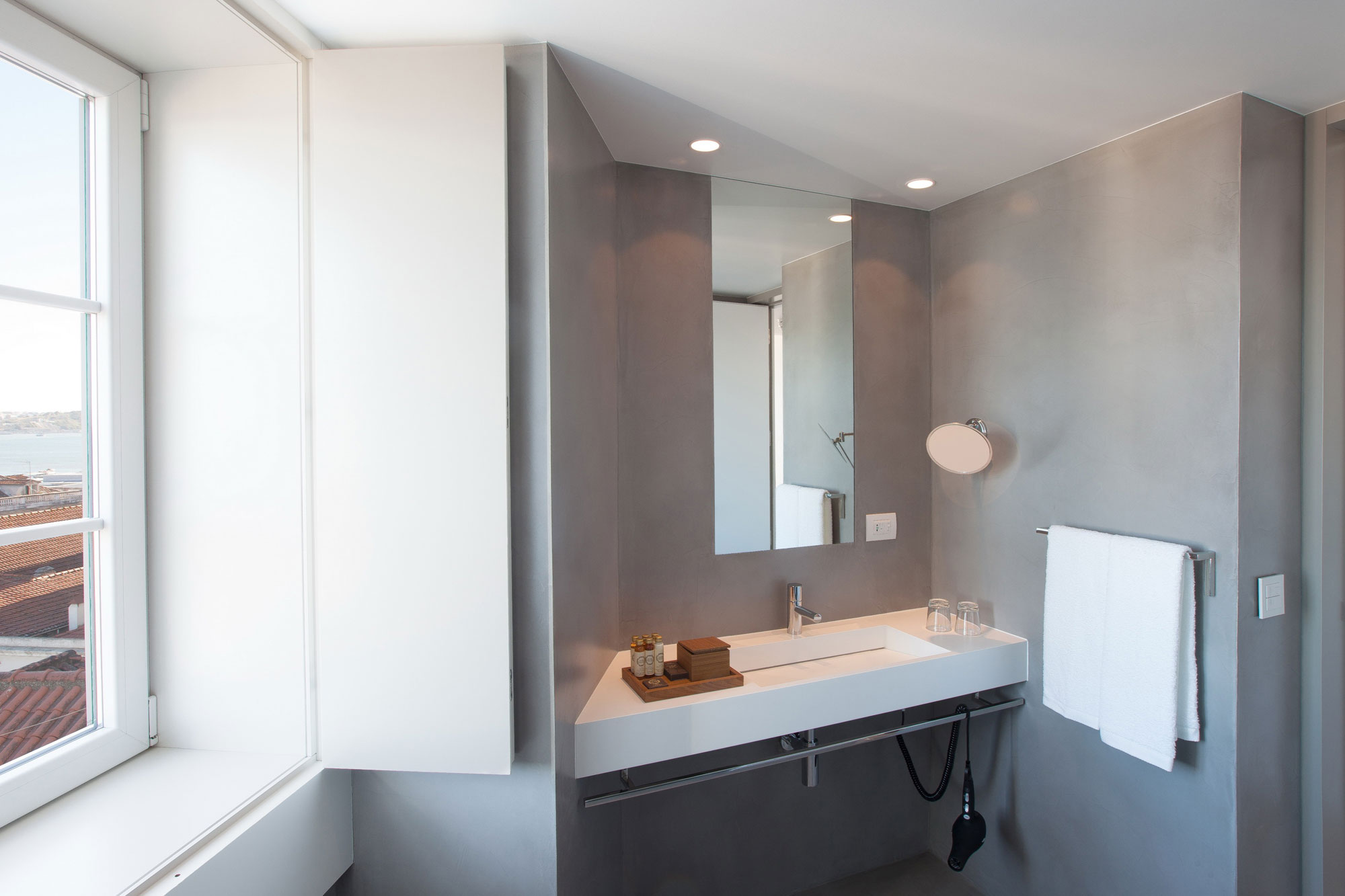 Sink, Mirror, Boutique Hotel in the Heart of Alfama, Lisbon