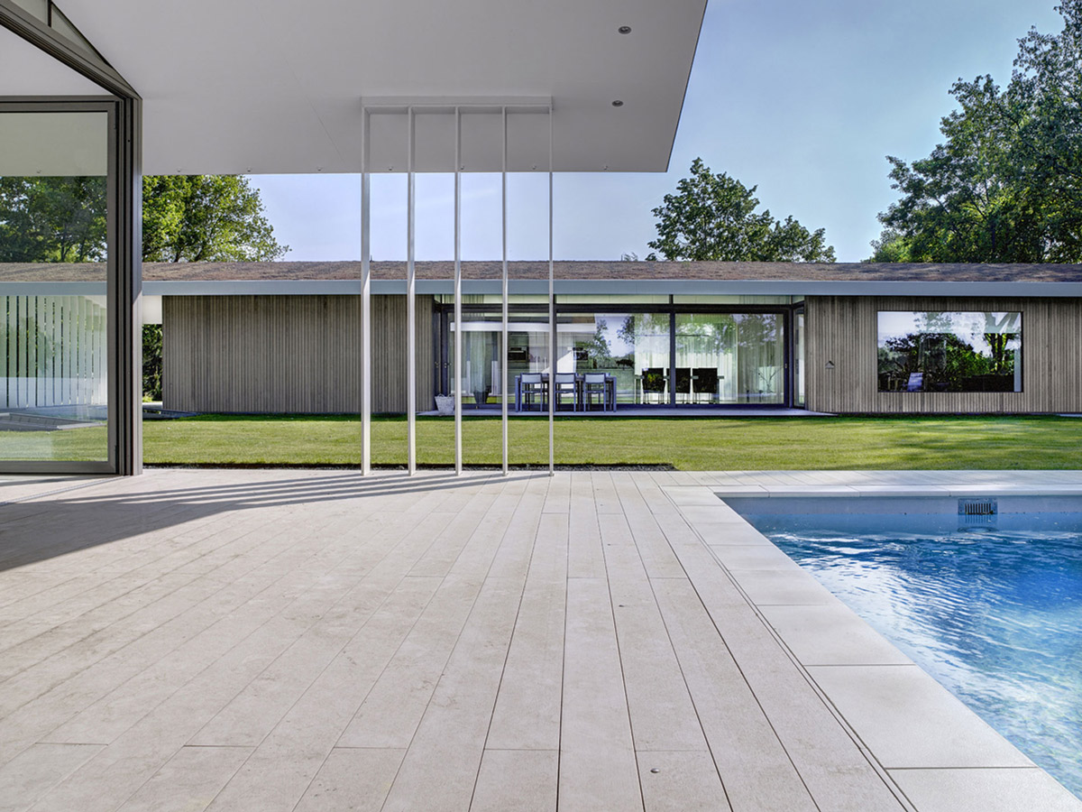 Terrace, Pool, Modern Home in Oosterhout, The Netherlands