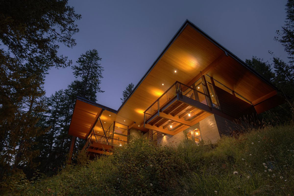 Balcony, Lighting, Modern Lakefront Cabin in Idaho, USA