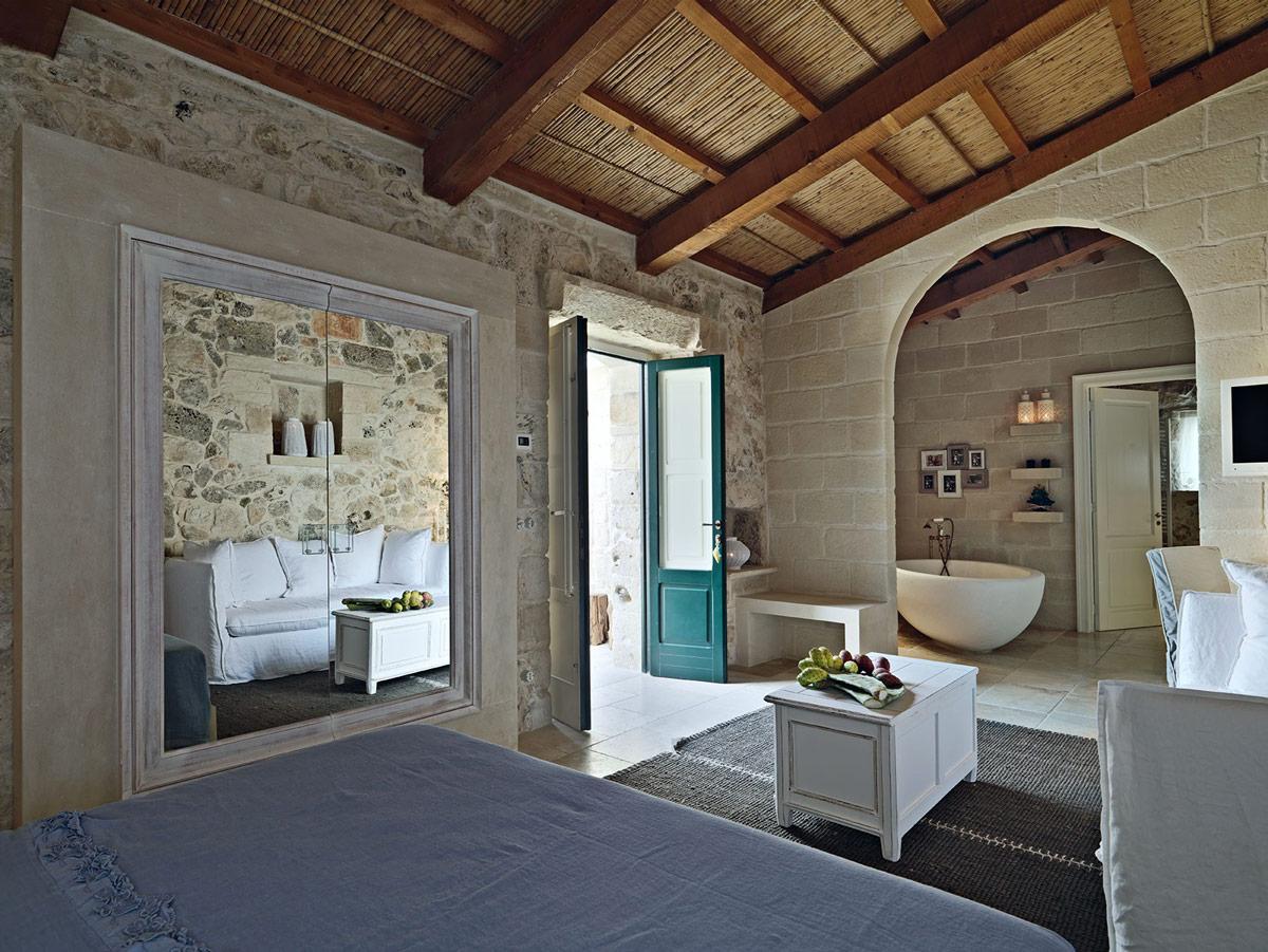 Bedroom, Bathroom, Relais Masseria Capasa Hotel in Martano, Italy