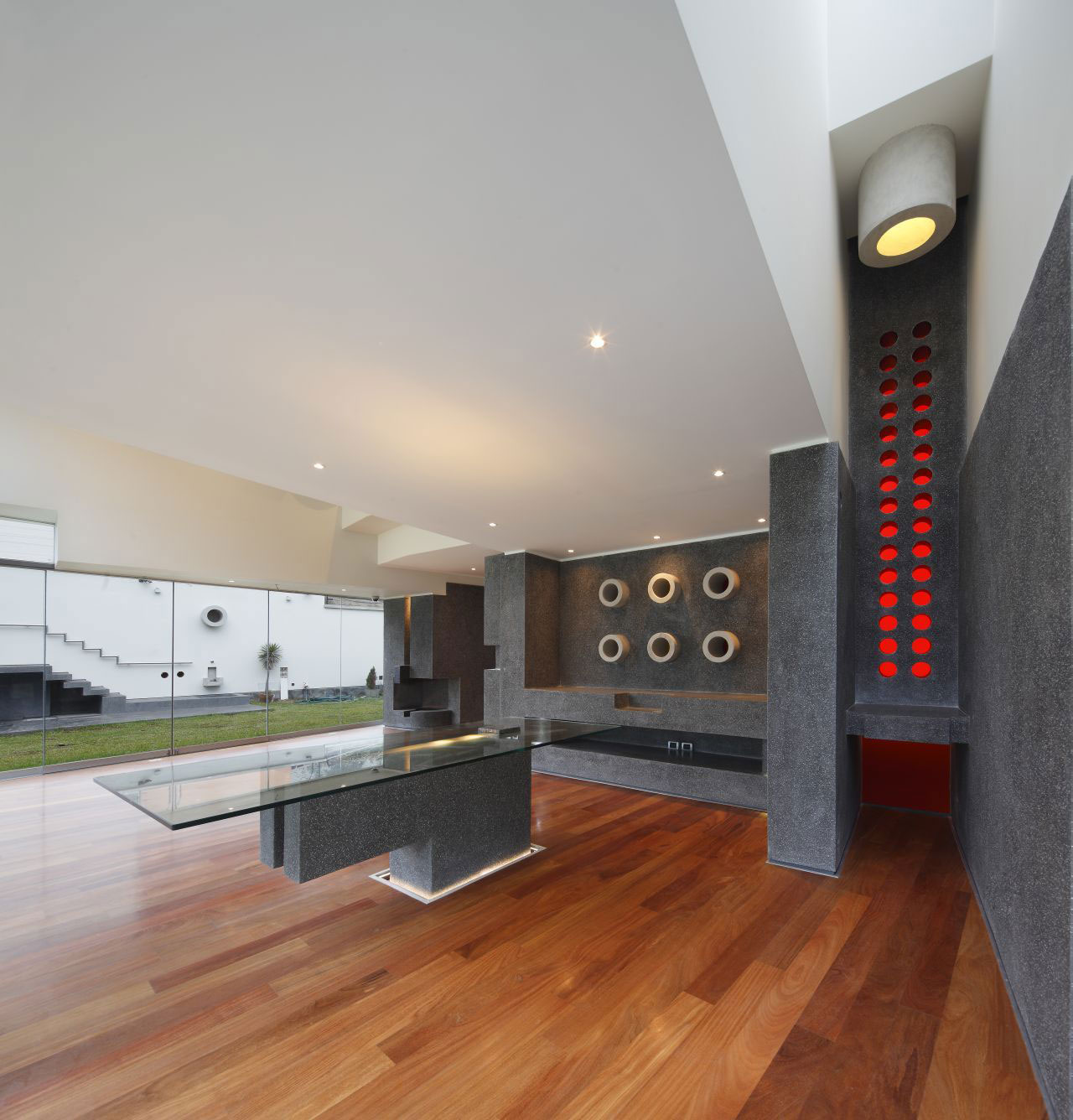 Dining Table, Home in La Planicie, Lima