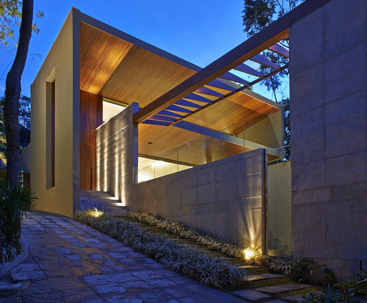 Evening Lighting, Exposed Concrete, Contemporary Home in Nova Lima, Brazil