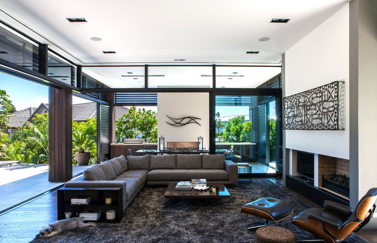 Fireplace, Rug, Sofa, Coffee Table, Art, Modern House in Auckland, New Zealand