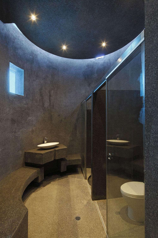 Glass Sliding Door, Sink, Home in La Planicie, Lima
