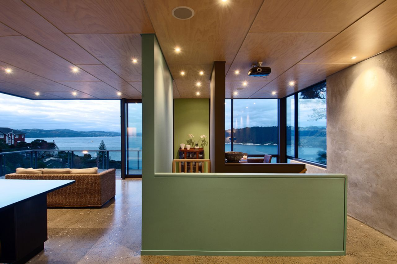 Living Space, Glass Walls, Hillside Home in Wellington, New Zealand