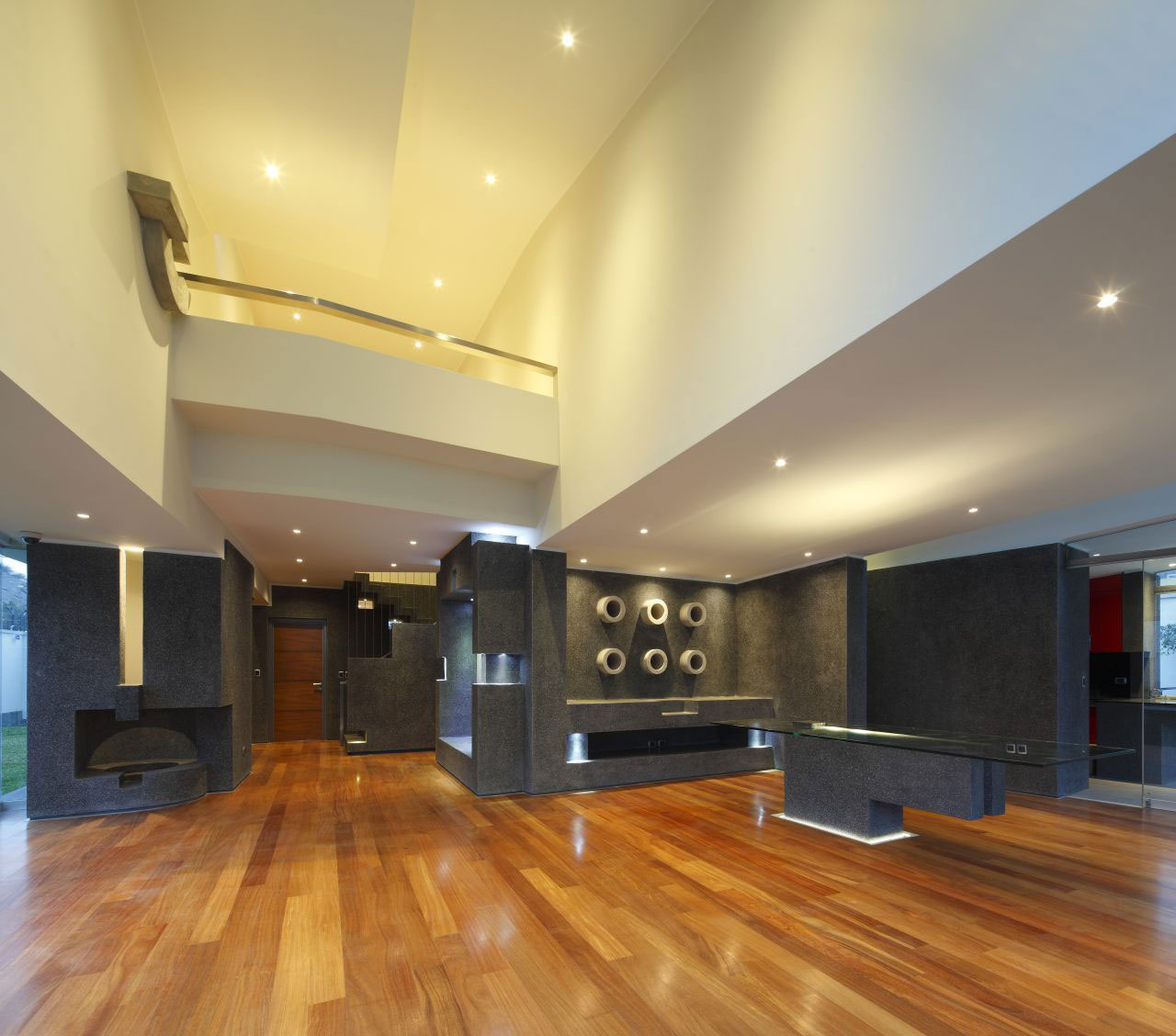 Open Plan Living, Home in La Planicie, Lima