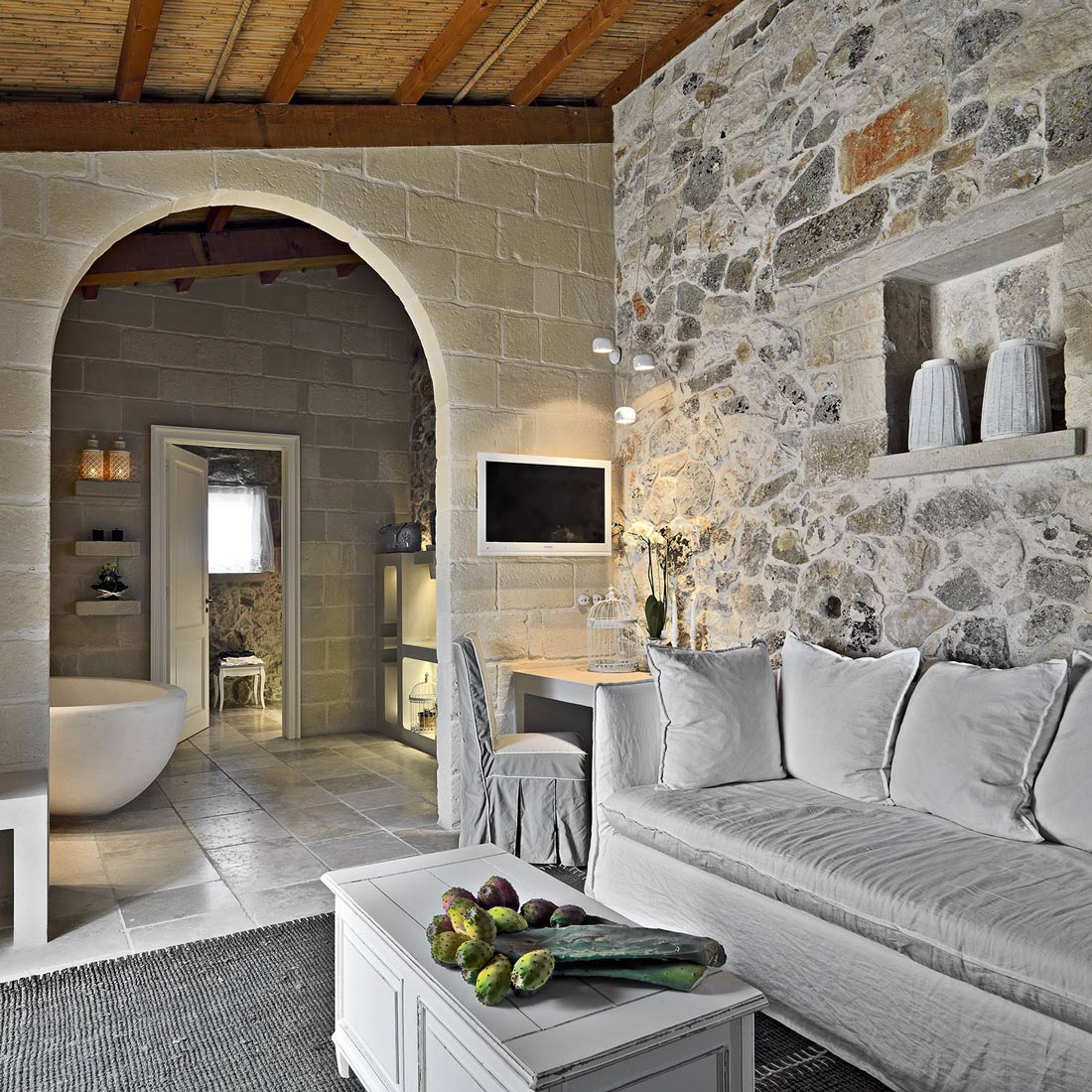 Sofa, Living Room, Relais Masseria Capasa Hotel in Martano, Italy