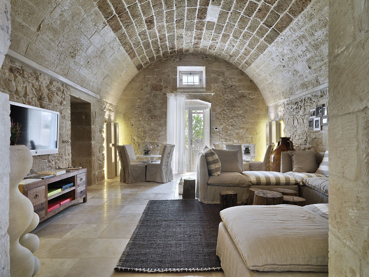 Stylish Living Room, Rug, Sofas, Relais Masseria Capasa Hotel in Martano, Italy