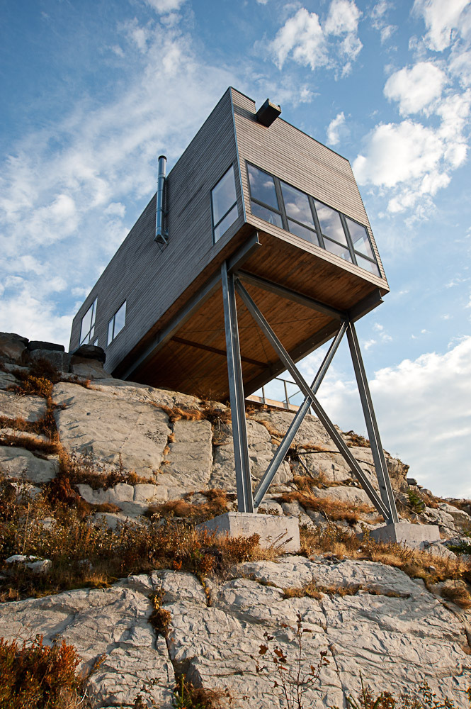 Superstructure, Cliff Cabin in Nova Scotia, Canada