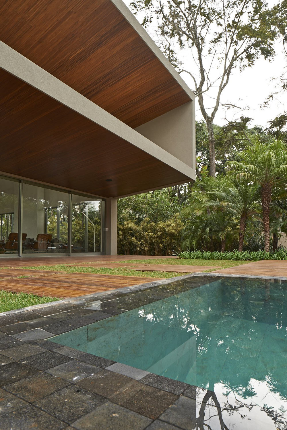 Swimming Pool, Terrace, Contemporary Home in Nova Lima, Brazil