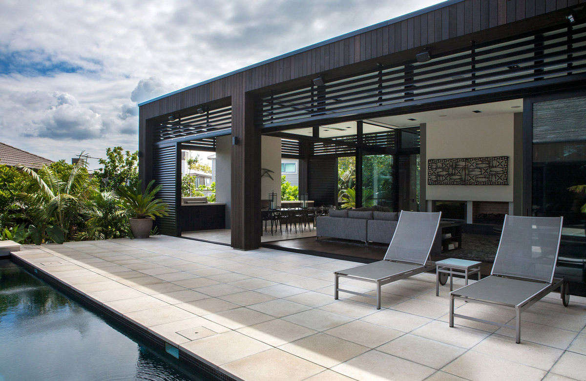 garage door colours ideas uk - Terrace Outdoor Living Modern House in Auckland New Zealand