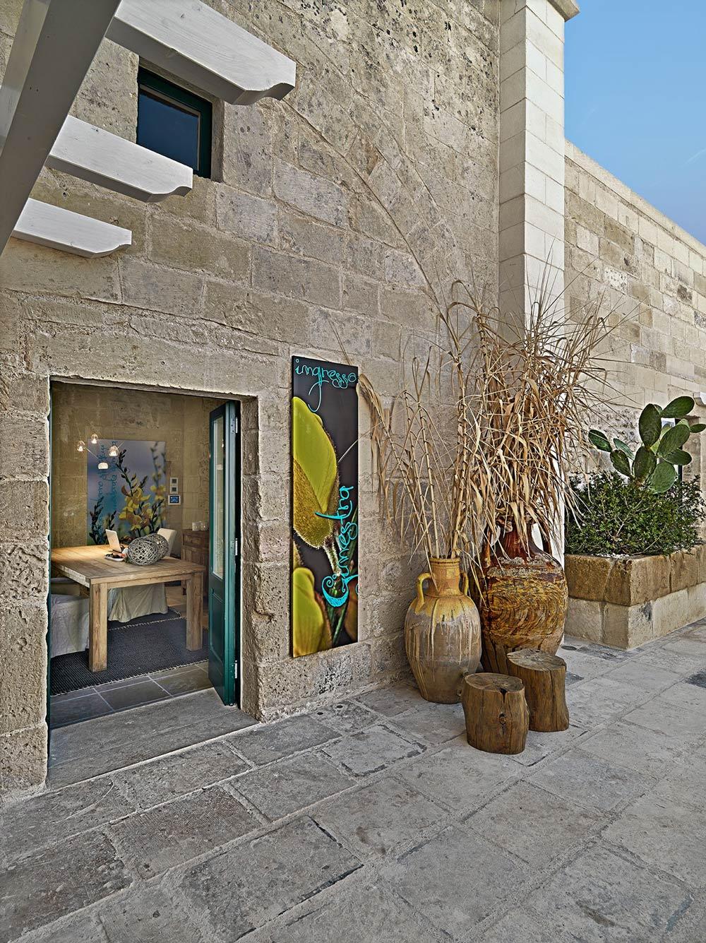 Terrace, Relais Masseria Capasa Hotel in Martano, Italy