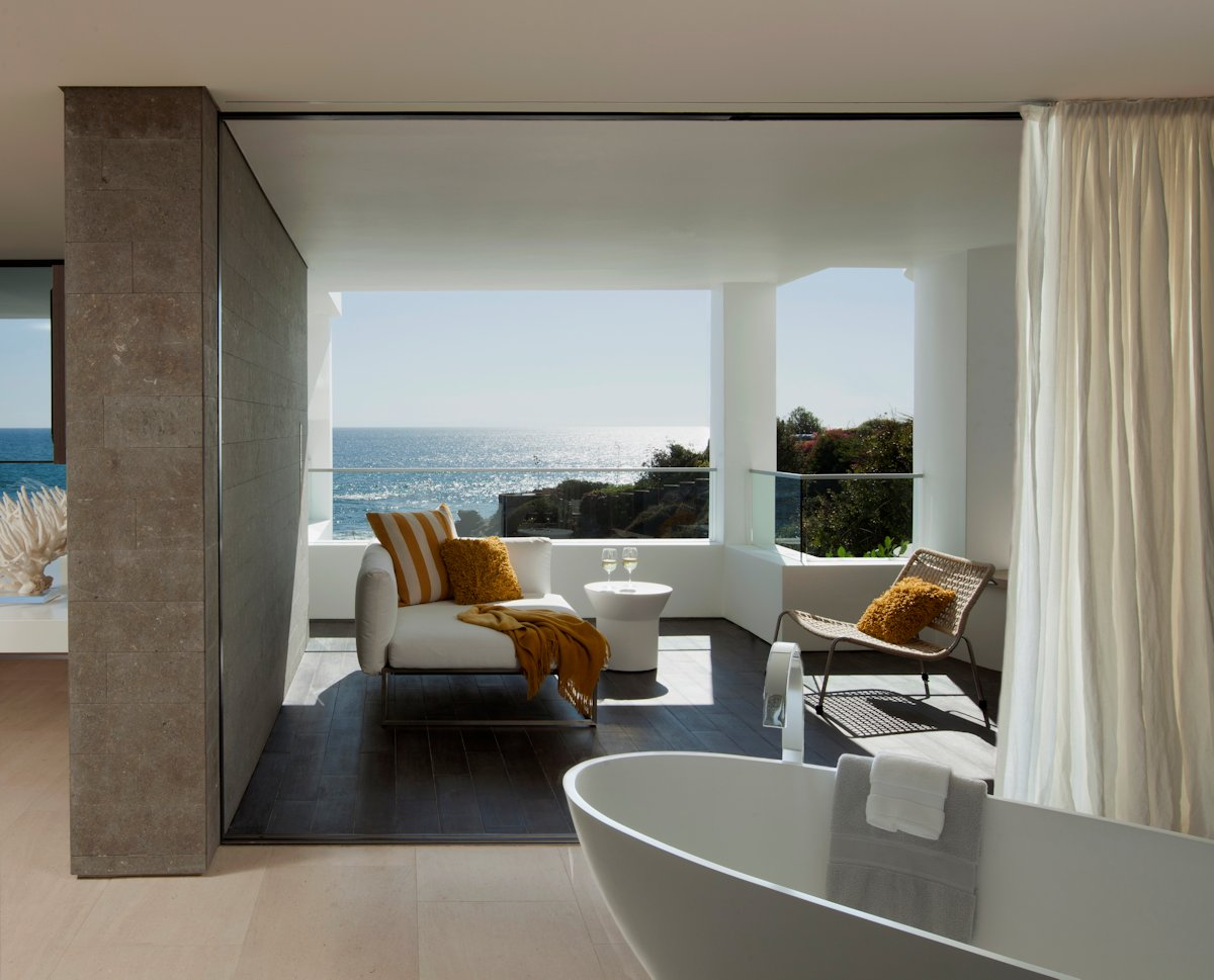 Bathroom, Balcony, Beach House in Laguna Beach, California
