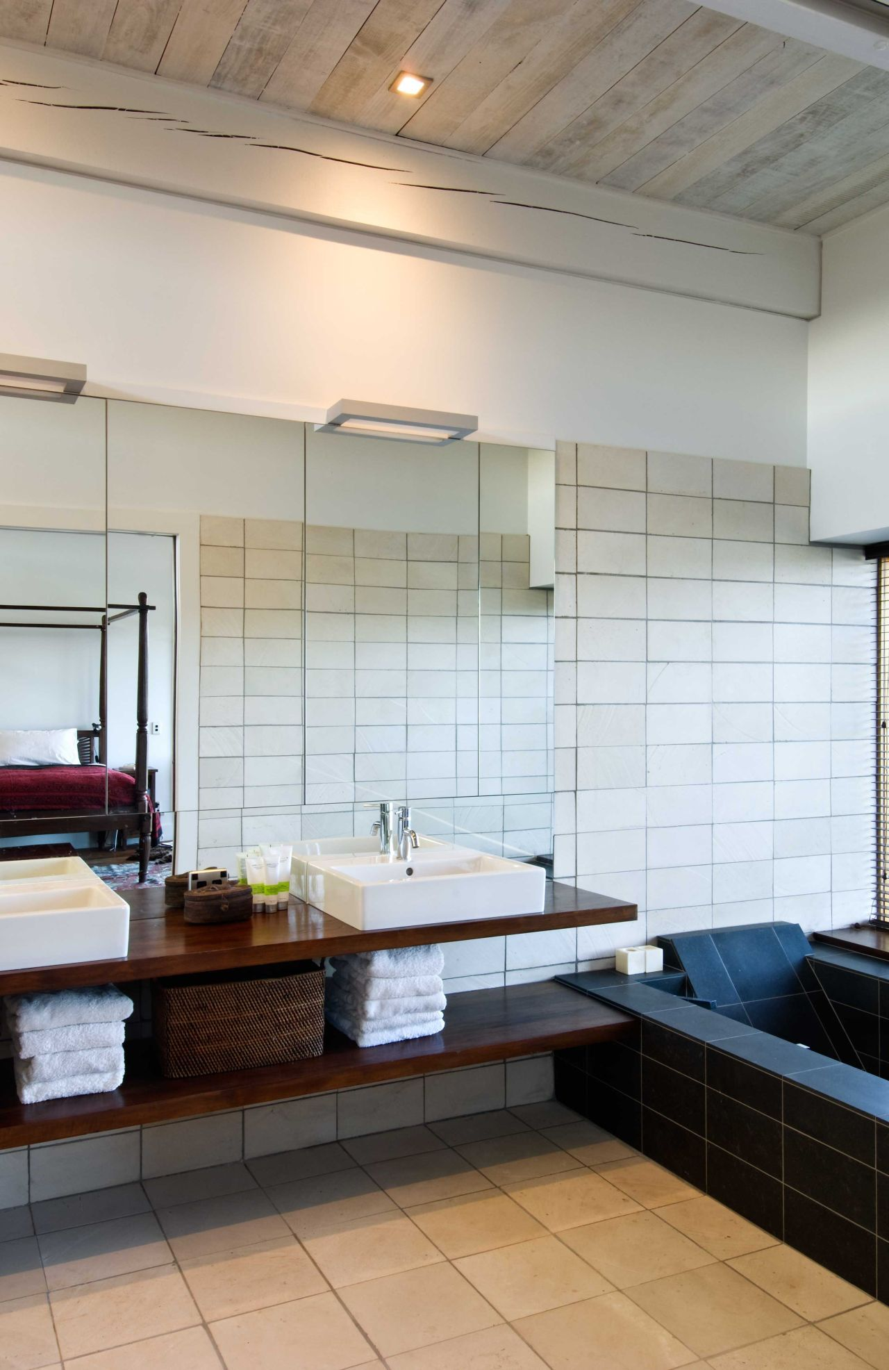 Bathroom, Modern Home in Nelson, New Zealand