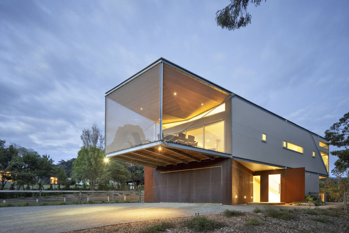 Driveway, Garage, Entrance, Sailing Inspired House in Victoria, Australia