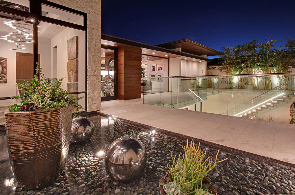 Glass Balustrading, Water Feature, Home in Corona del Mar, California