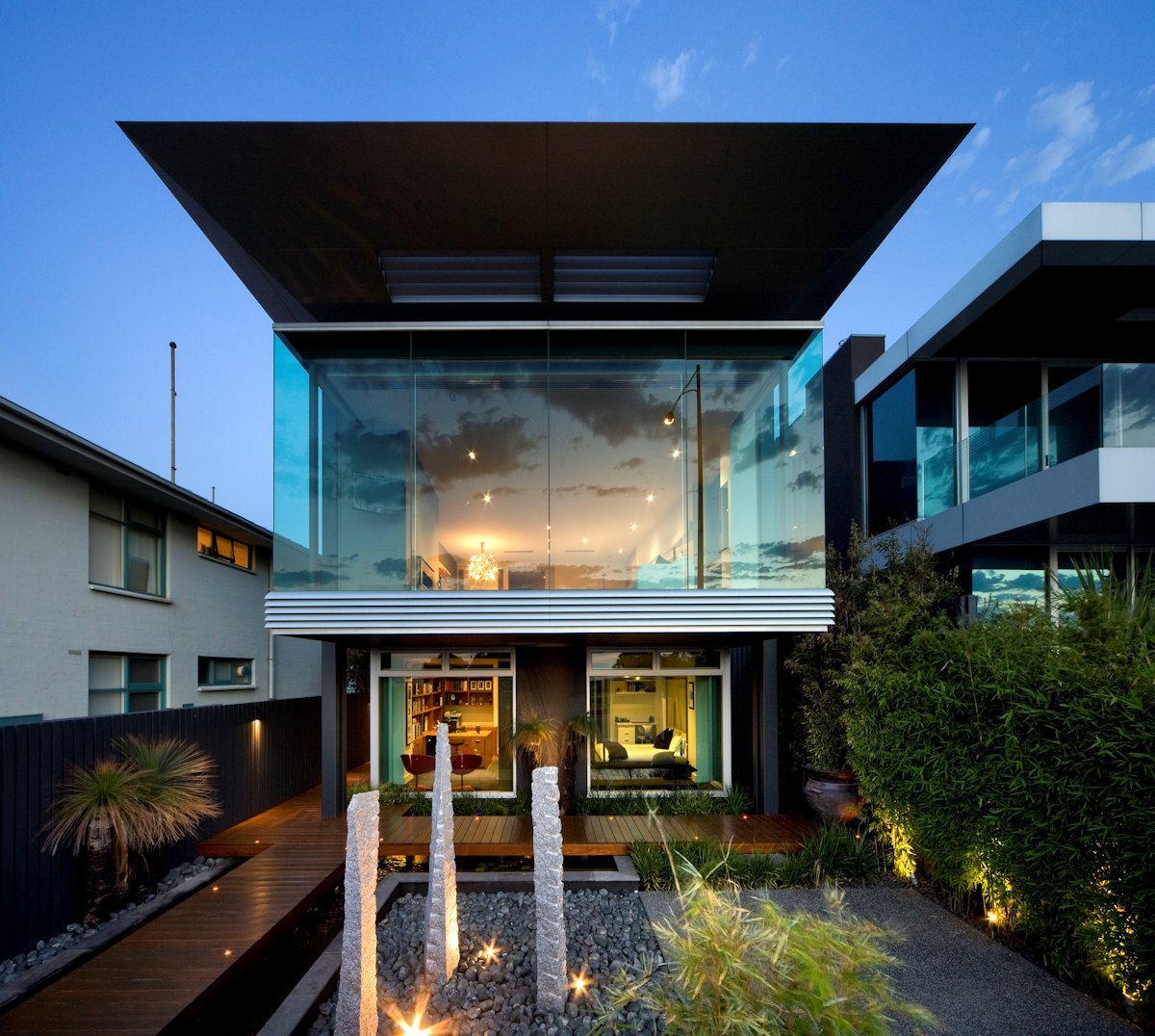 Glass Wall, Deck, Contemporary Home in Brighton, Australia