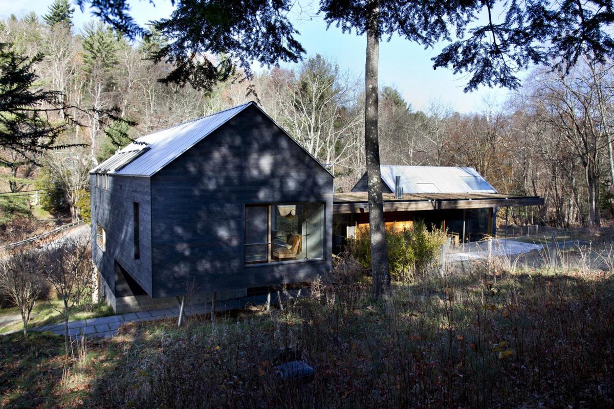 Rear Facade, Rural Retreat in Bantam, Connecticut