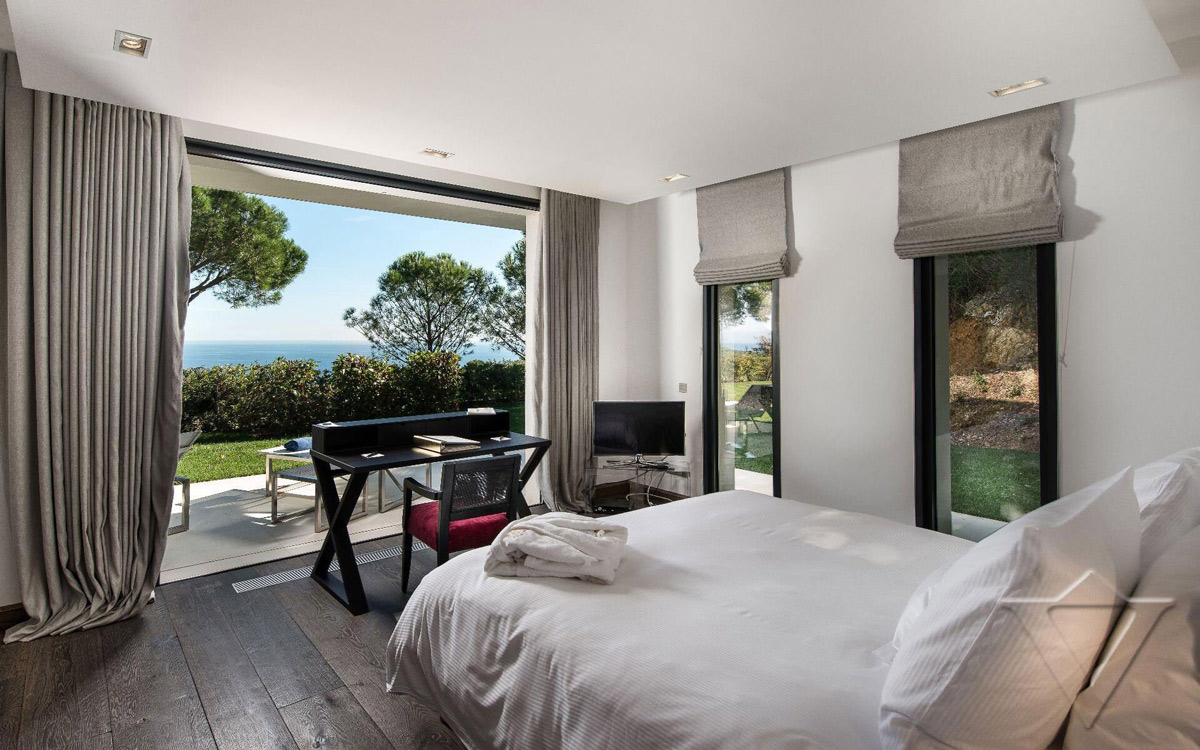 Bedroom, Terrace, Luxury Holiday Villa in Saint-Tropez, France