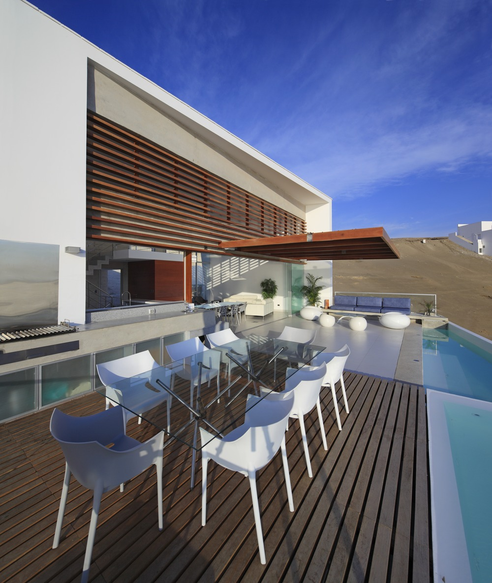 Deck, Outdoor Dining, Kitchen, Pool, Stunning Home situated above Palillos Beach, Peru