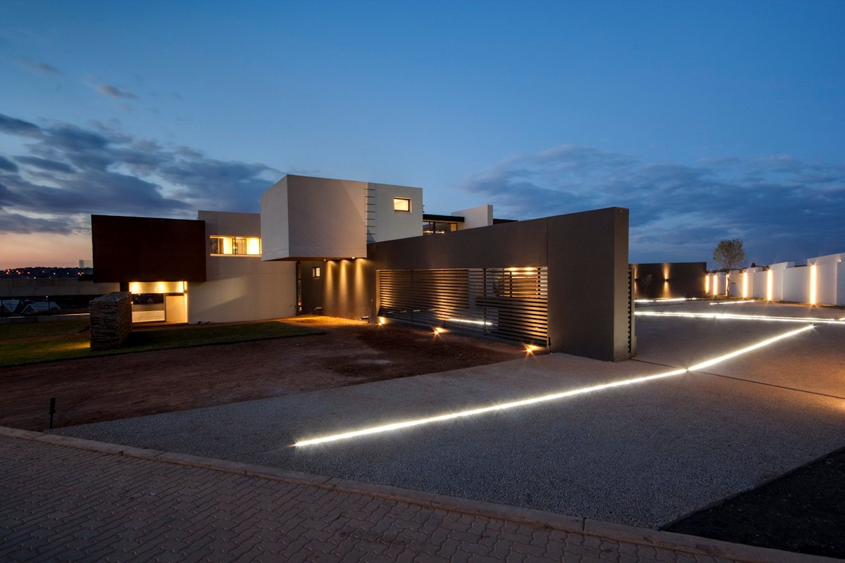 Driveway, Lighting, Luxurious Modern Residence in Pretoria, South Africa