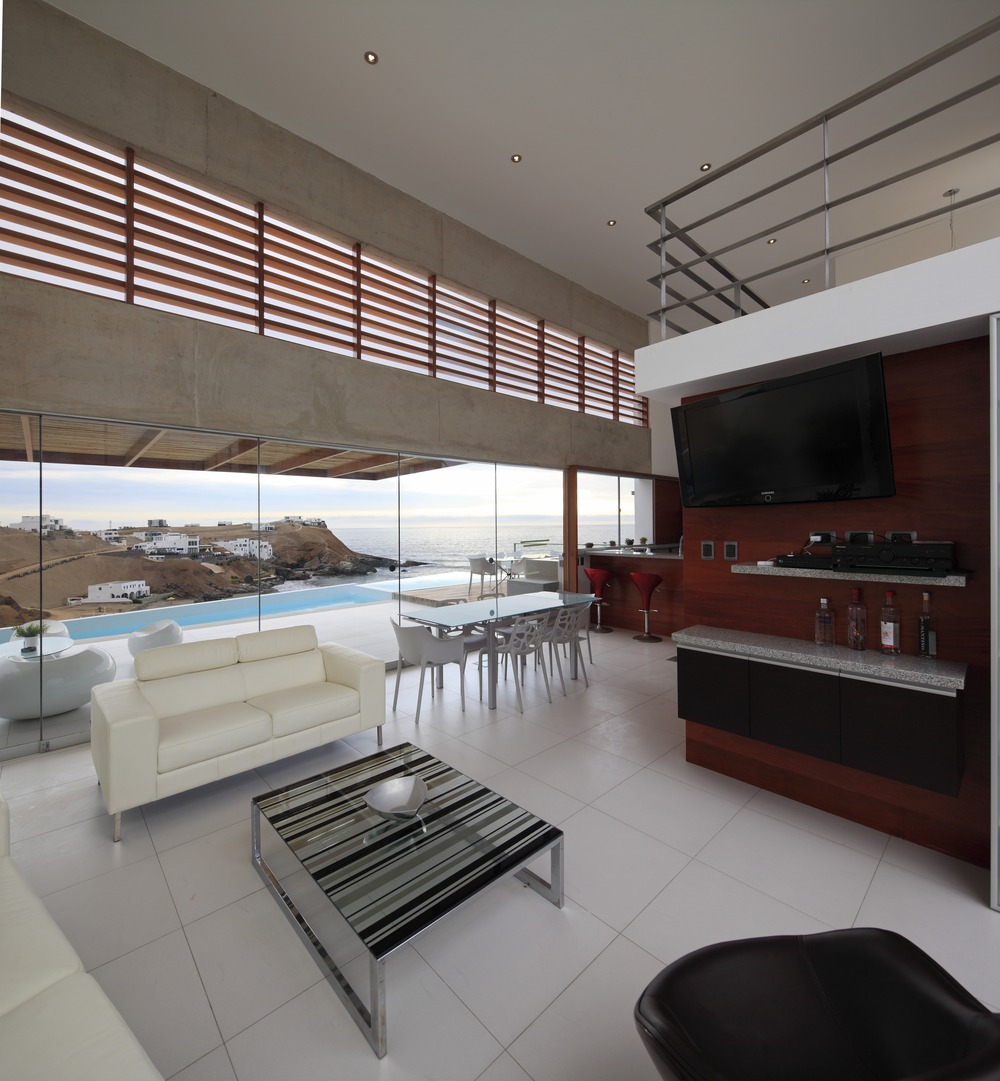 Entertainment Area, Open Plan Living, Glass Walls, Stunning Home situated above Palillos Beach, Peru