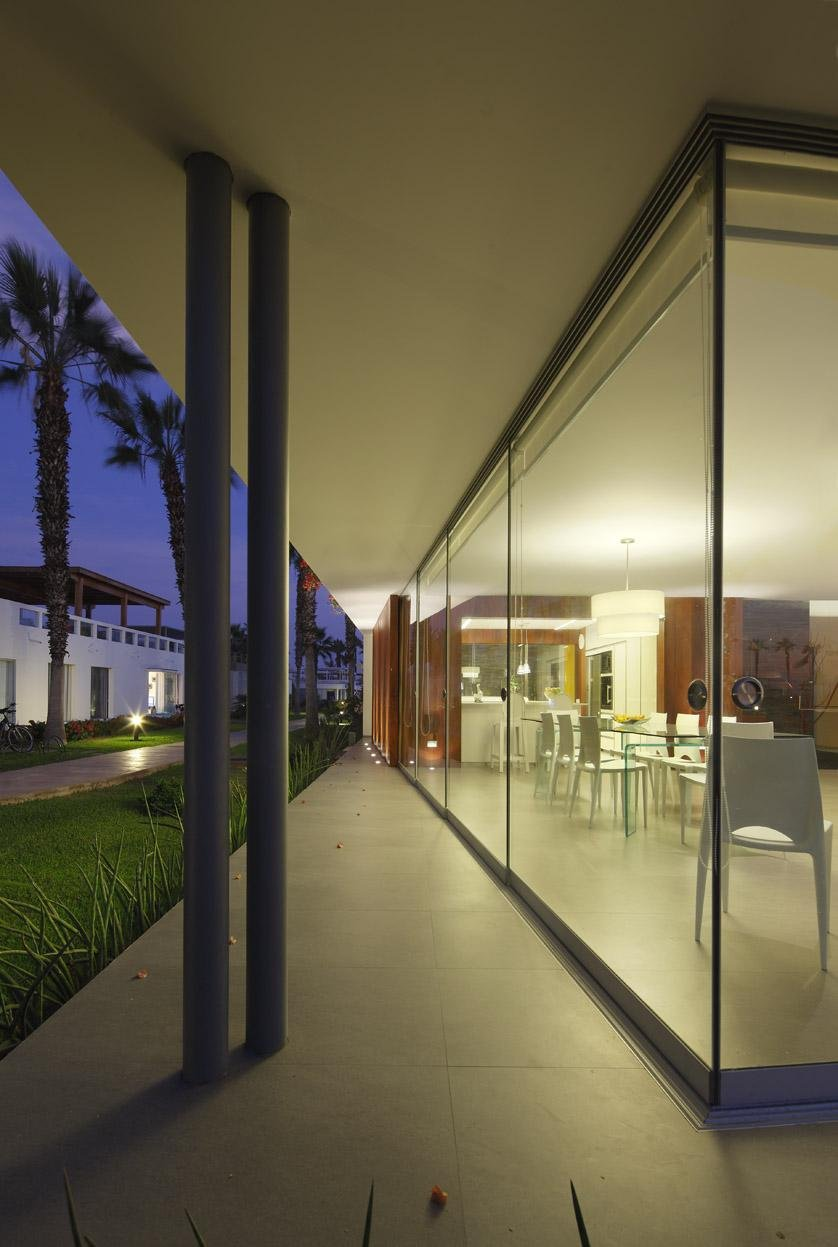 Floor-to-Ceiling Windows, Luxury Modern Home in Lima, Peru