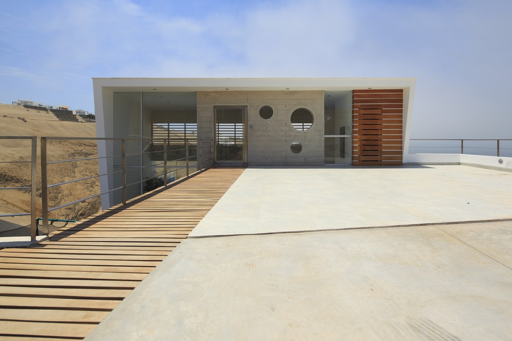 Glass Front Door, Driveway, Stunning Home situated above Palillos Beach, Peru