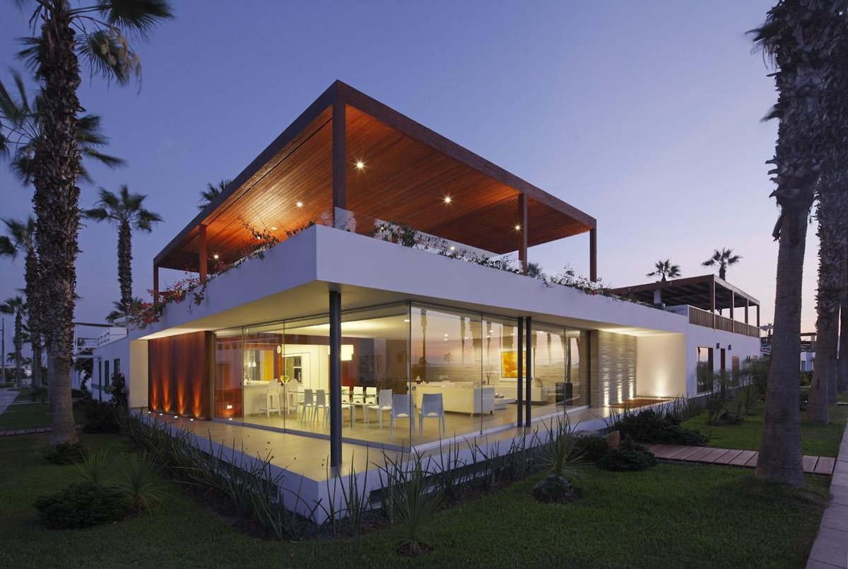Luxury Modern Home in Cañete, Peru