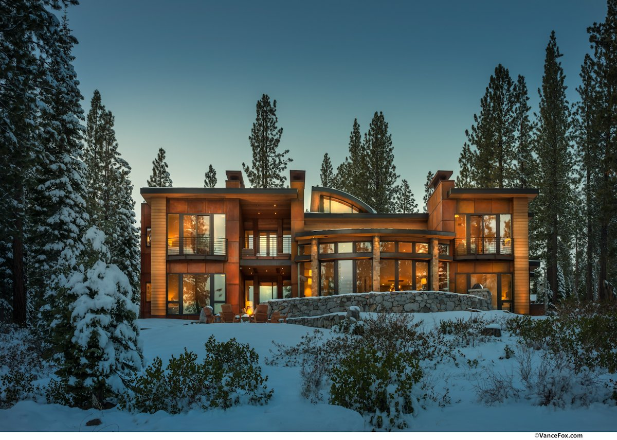 Warm and Inviting Retreat near Lake Tahoe, California