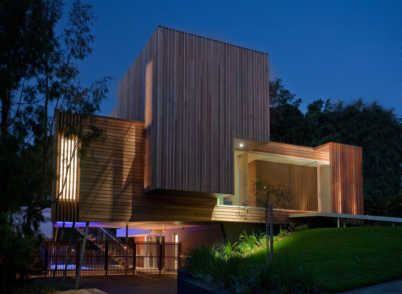 Lighting, Front Facade, Kew House in Melbourne