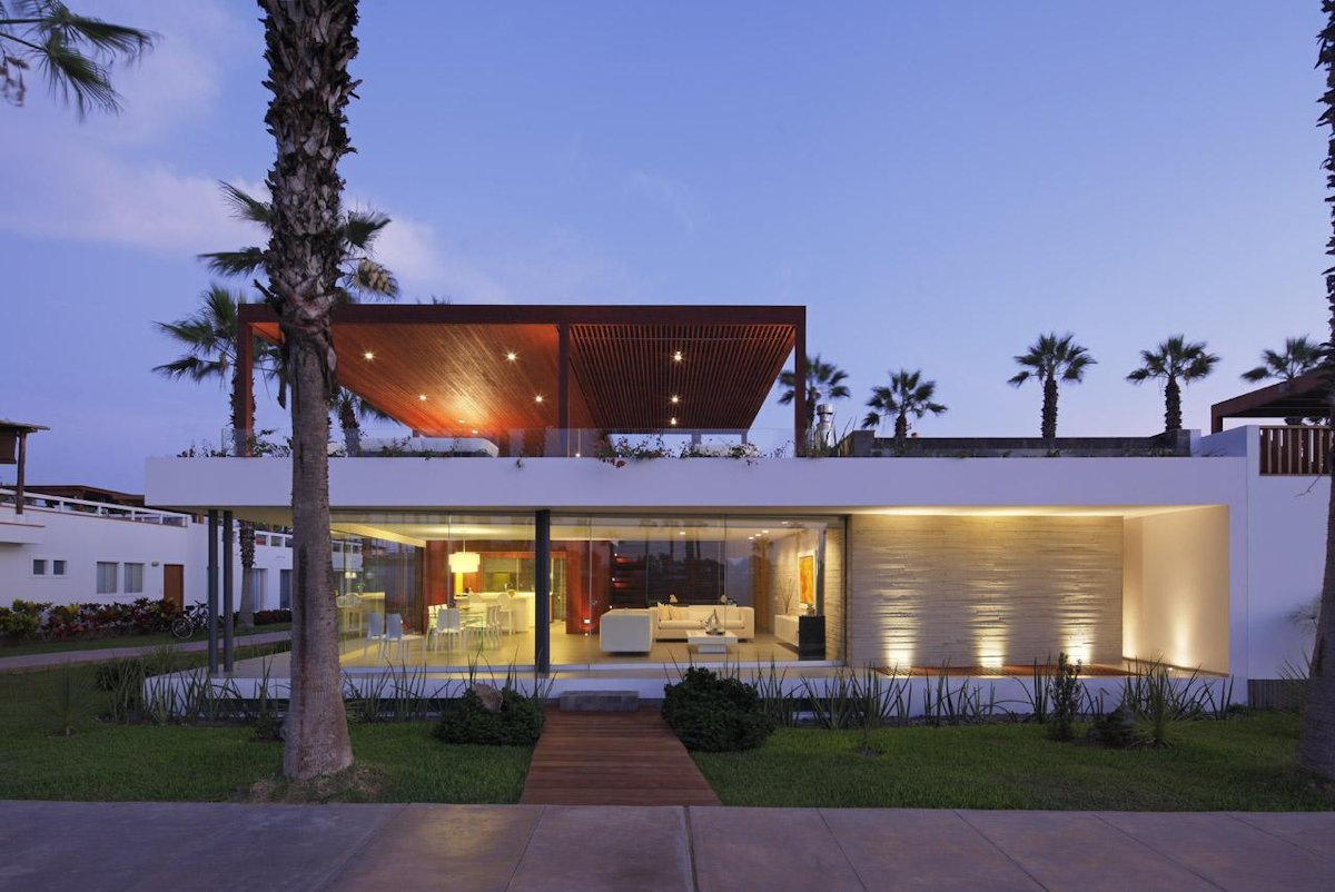 Lighting, Luxury Modern Home in Lima, Peru