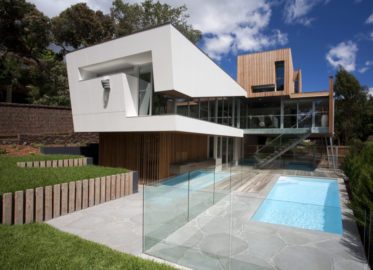 Dining Room Furnitures Outdoor Pool Glass Balustrading Kew House In Melbourne