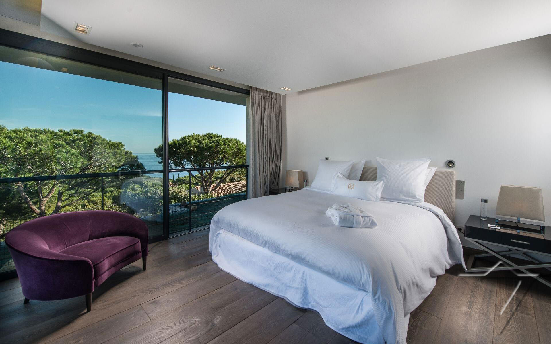 Patio Doors, Bedroom, Luxury Holiday Villa in Saint-Tropez, France