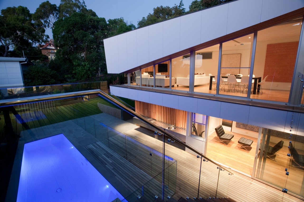 Pool Lighting, Wood Decking, Kew House in Melbourne