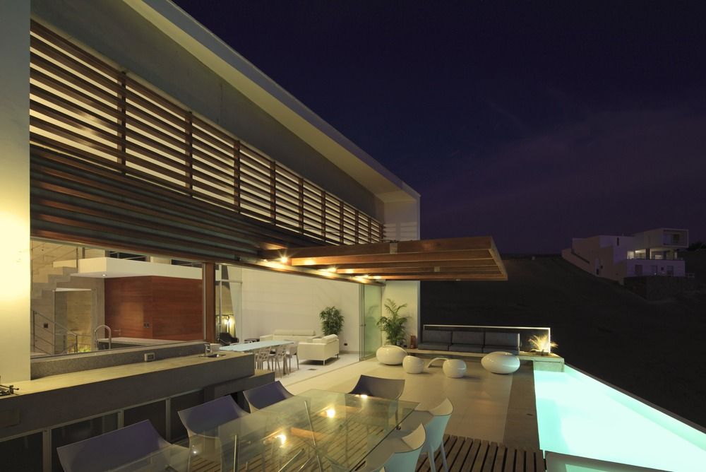 Terrace, Outdoor Glass Dining Table, Pool, Stunning Home situated above Palillos Beach, Peru