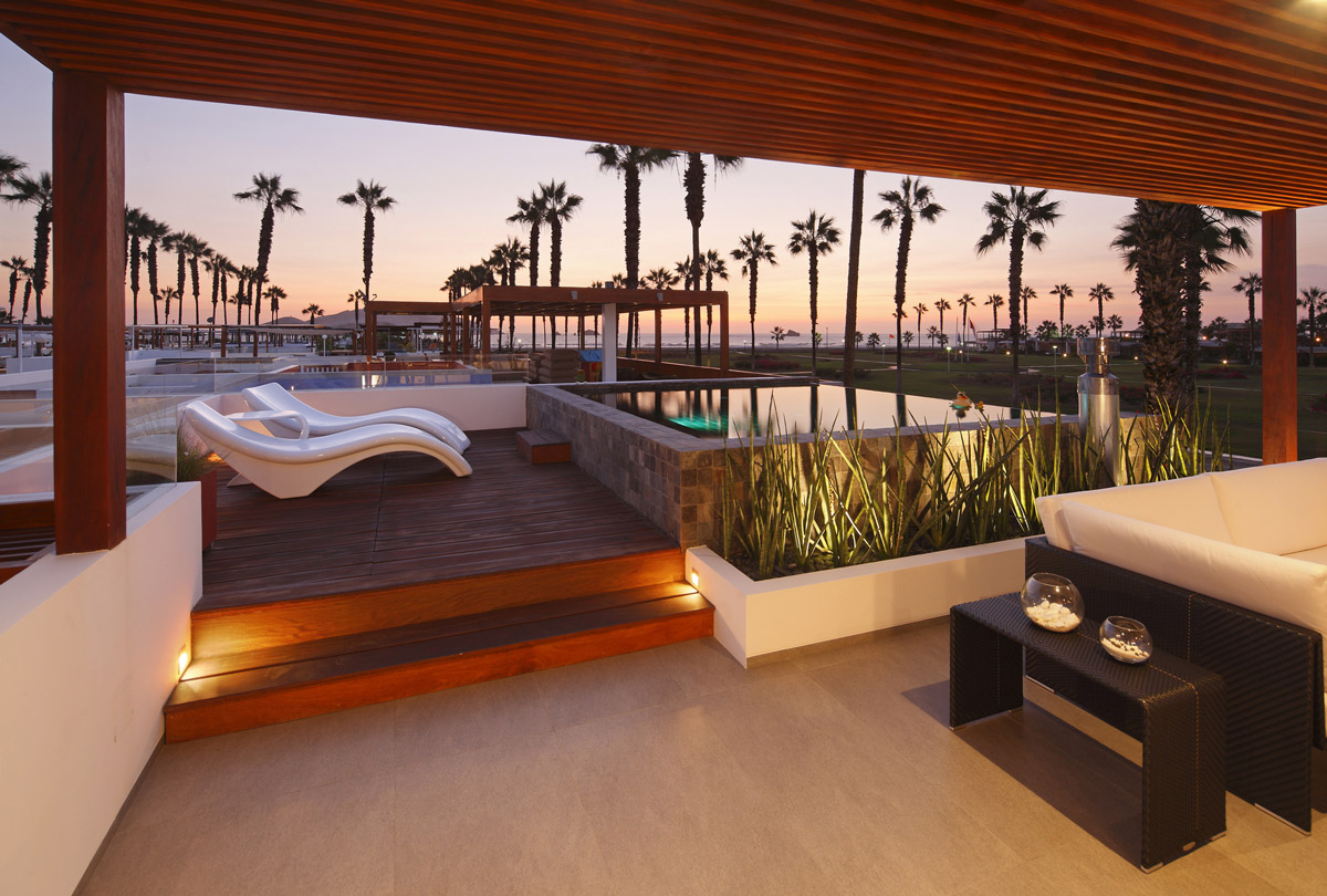 Water Feature Roof Terrace Luxury Modern Home In Lima