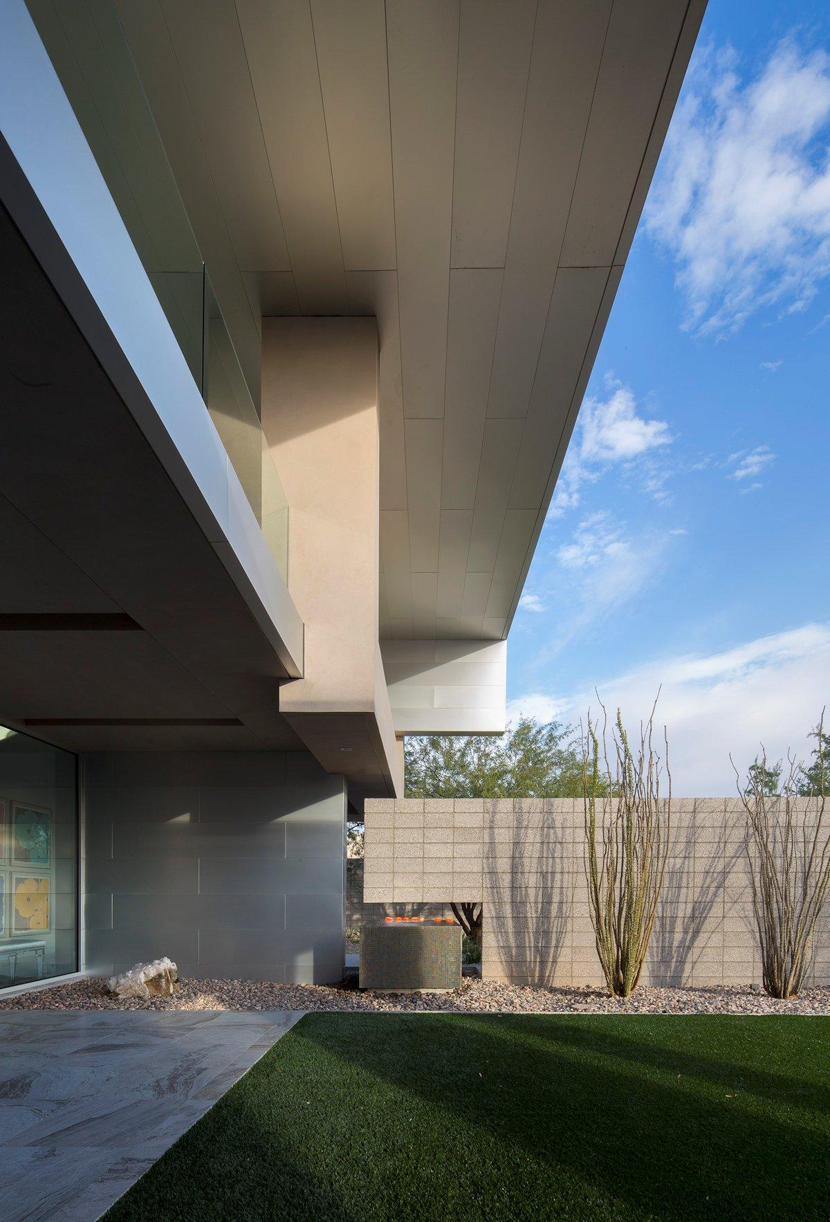 Water & Fire Feature, Mid-Century Modern Home in Scottsdale, Arizona