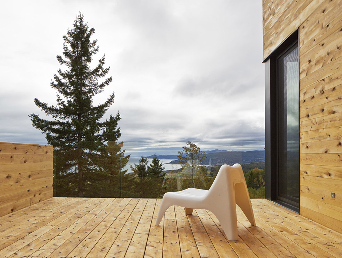 Balcony, Glass Balustrading, Malbaie VIII Residence in Charlevoix