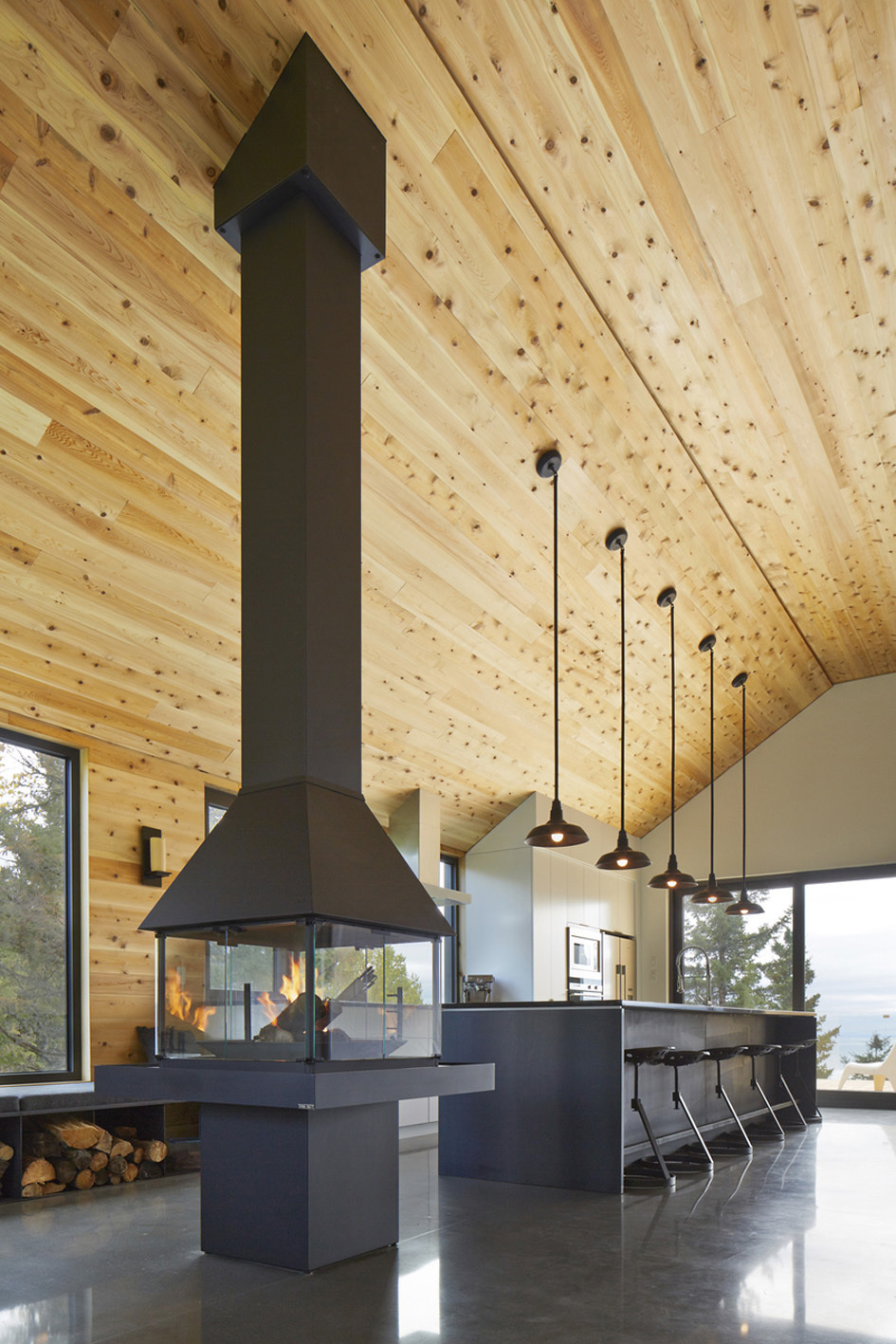 Fireplace, Kitchen, Pendant Lighting, Malbaie VIII Residence in Charlevoix