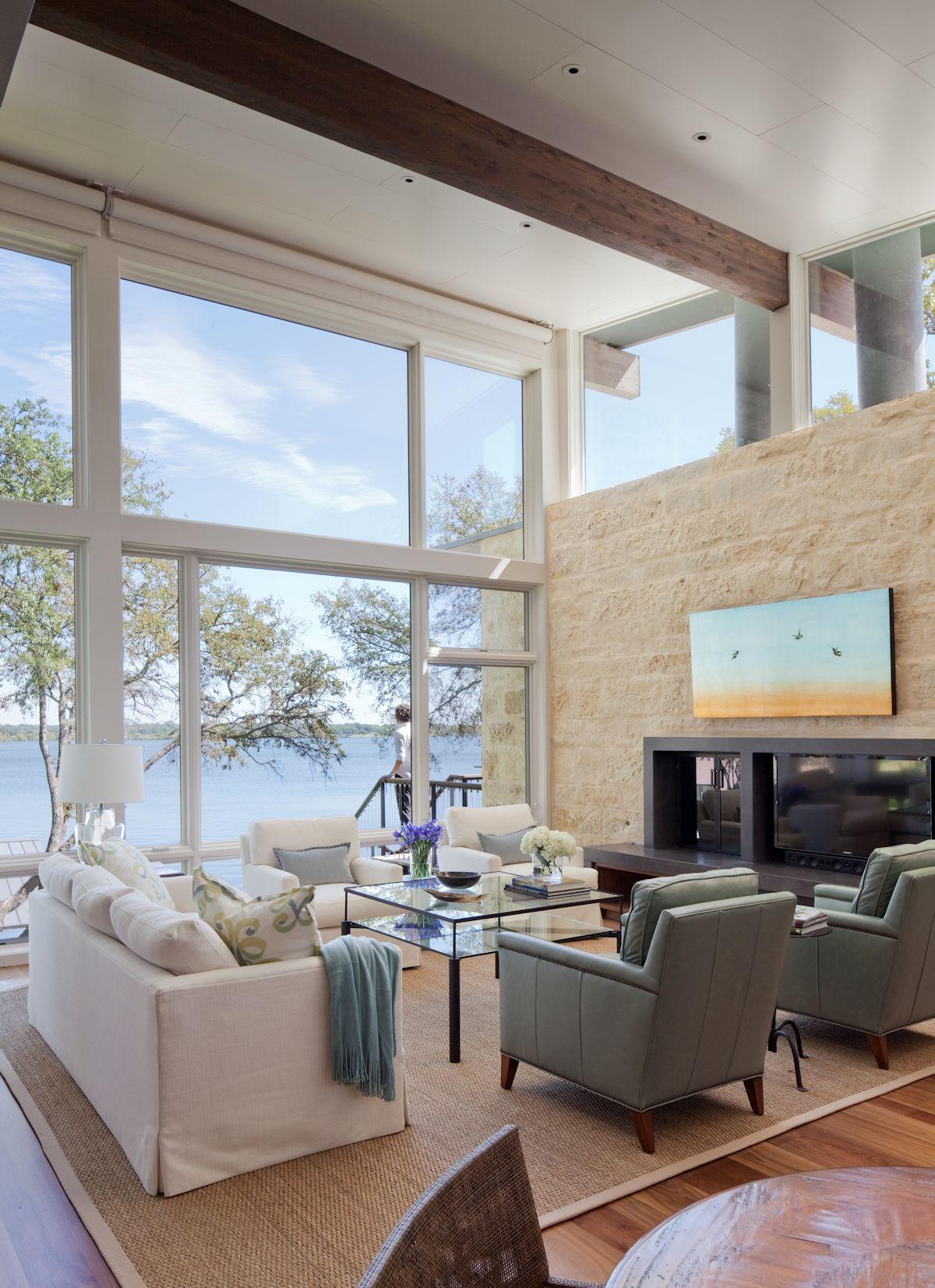 Floor-to-Ceiling Windows, Sofas, Fireplace, Lake Views, Weekend Retreat in Marble Falls, Texas