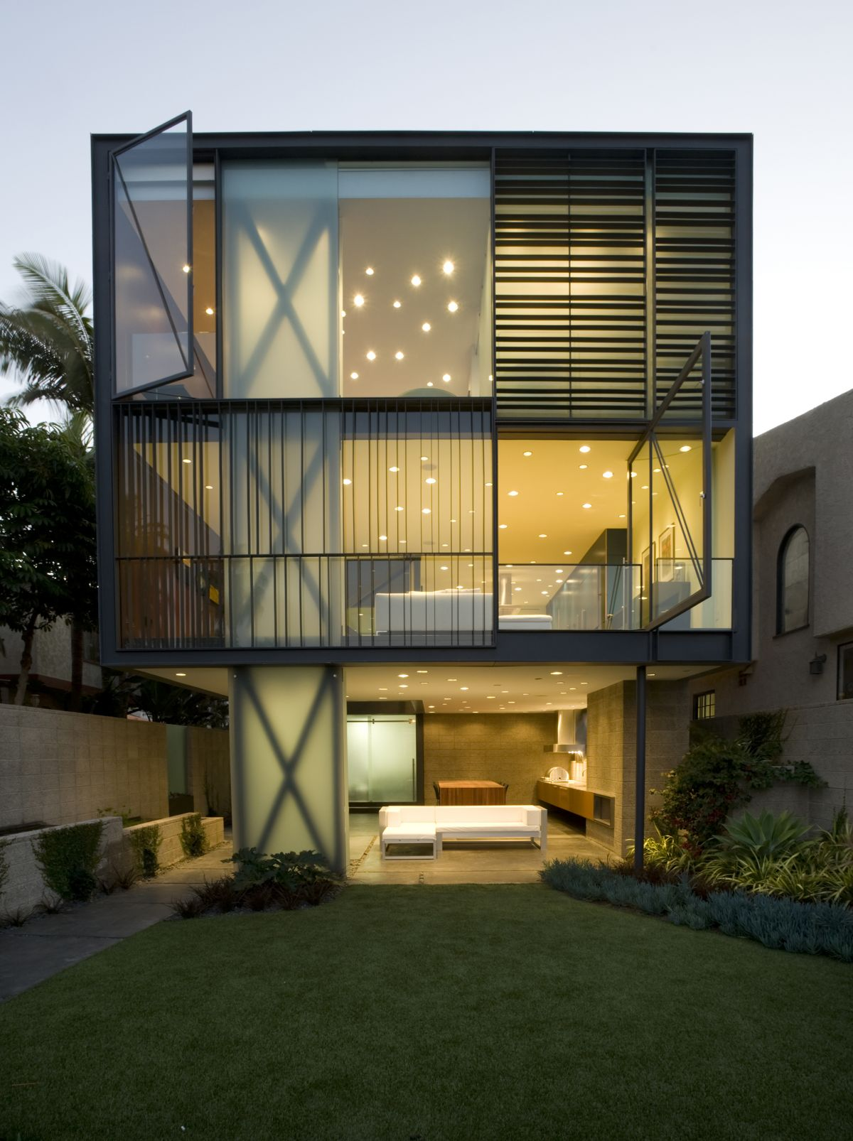 Garden, Hover House 3, Los Angeles, California
