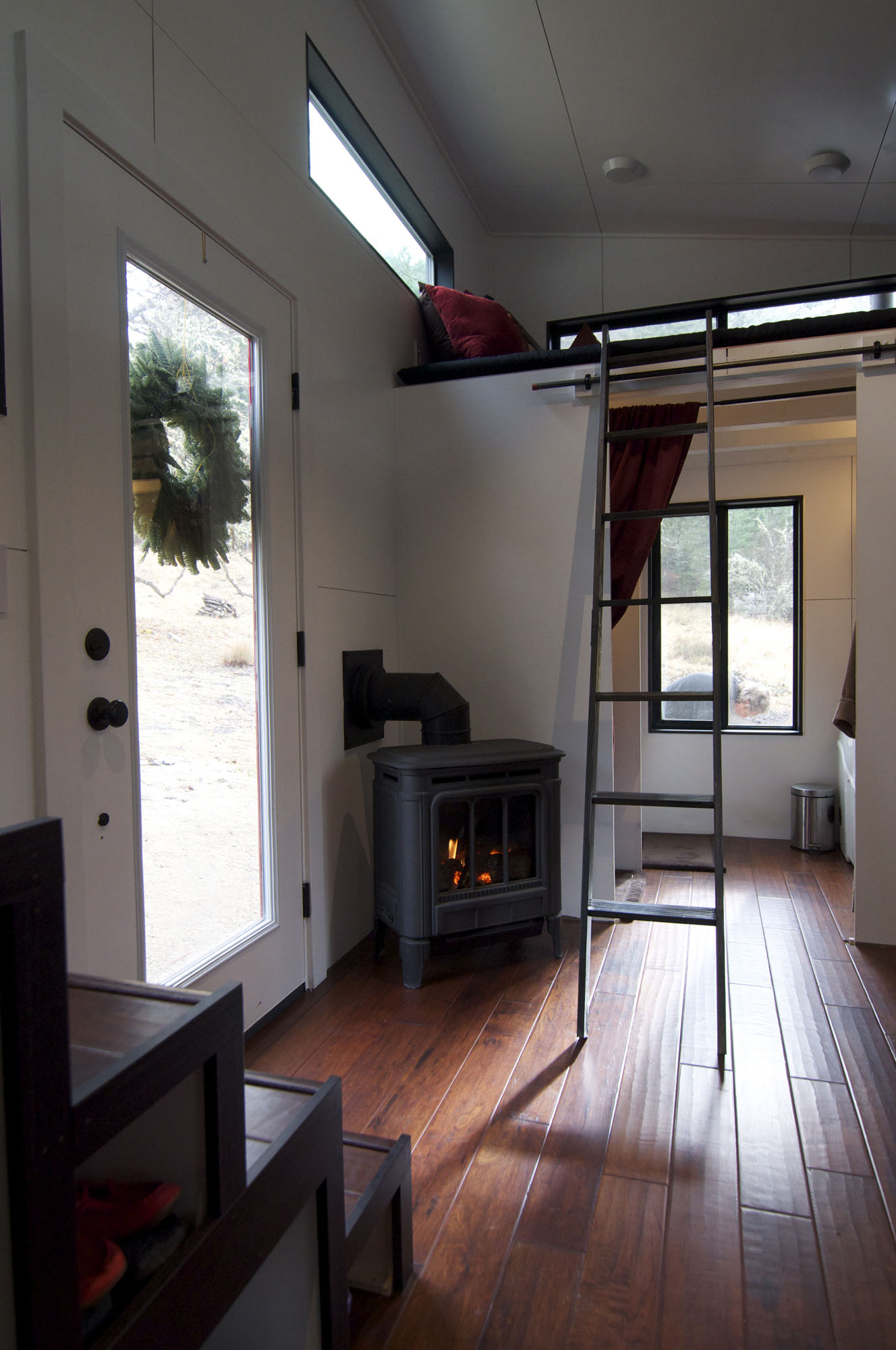 Gas Fire, Tiny House on Wheels