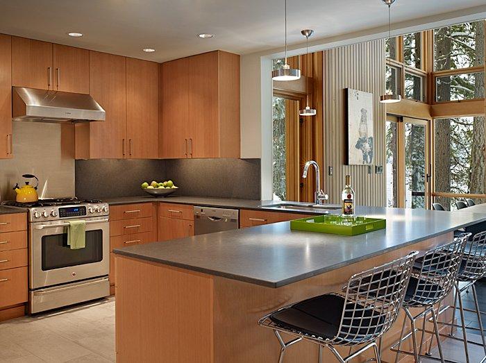 Kitchen, Breakfast Bar, Mountain Home Lake Wenatchee, Washington