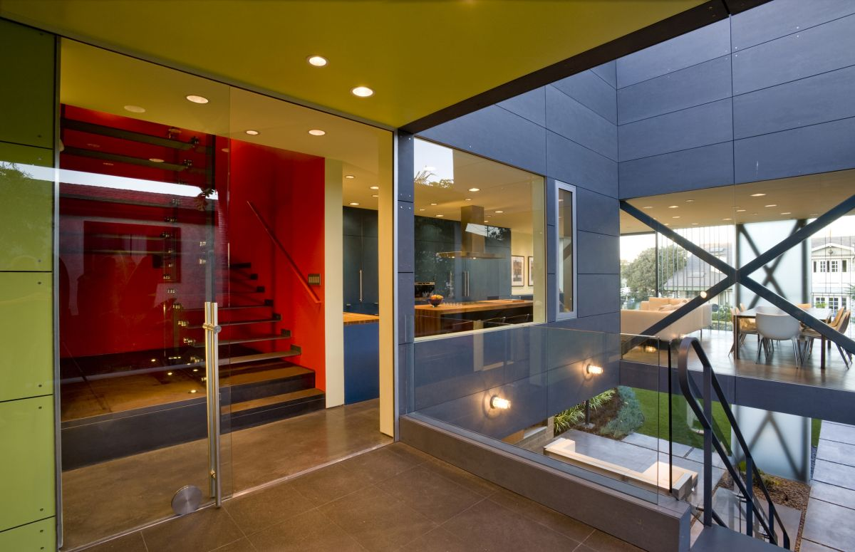Landing, Hover House 3, Los Angeles, California