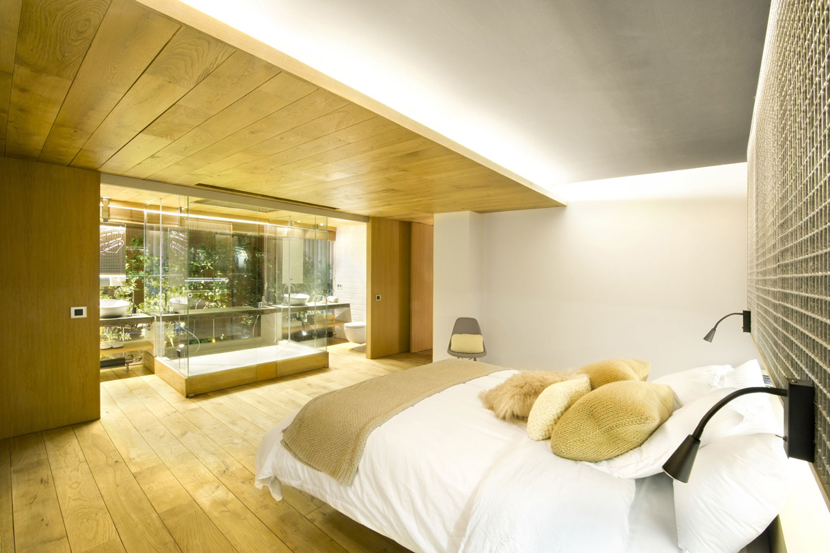 Bedroom, Bathroom, Loft Style Home in Terrassa, Spain
